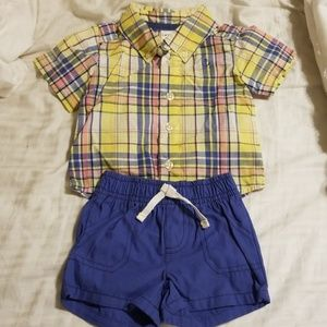 Carters 2 piece outfit